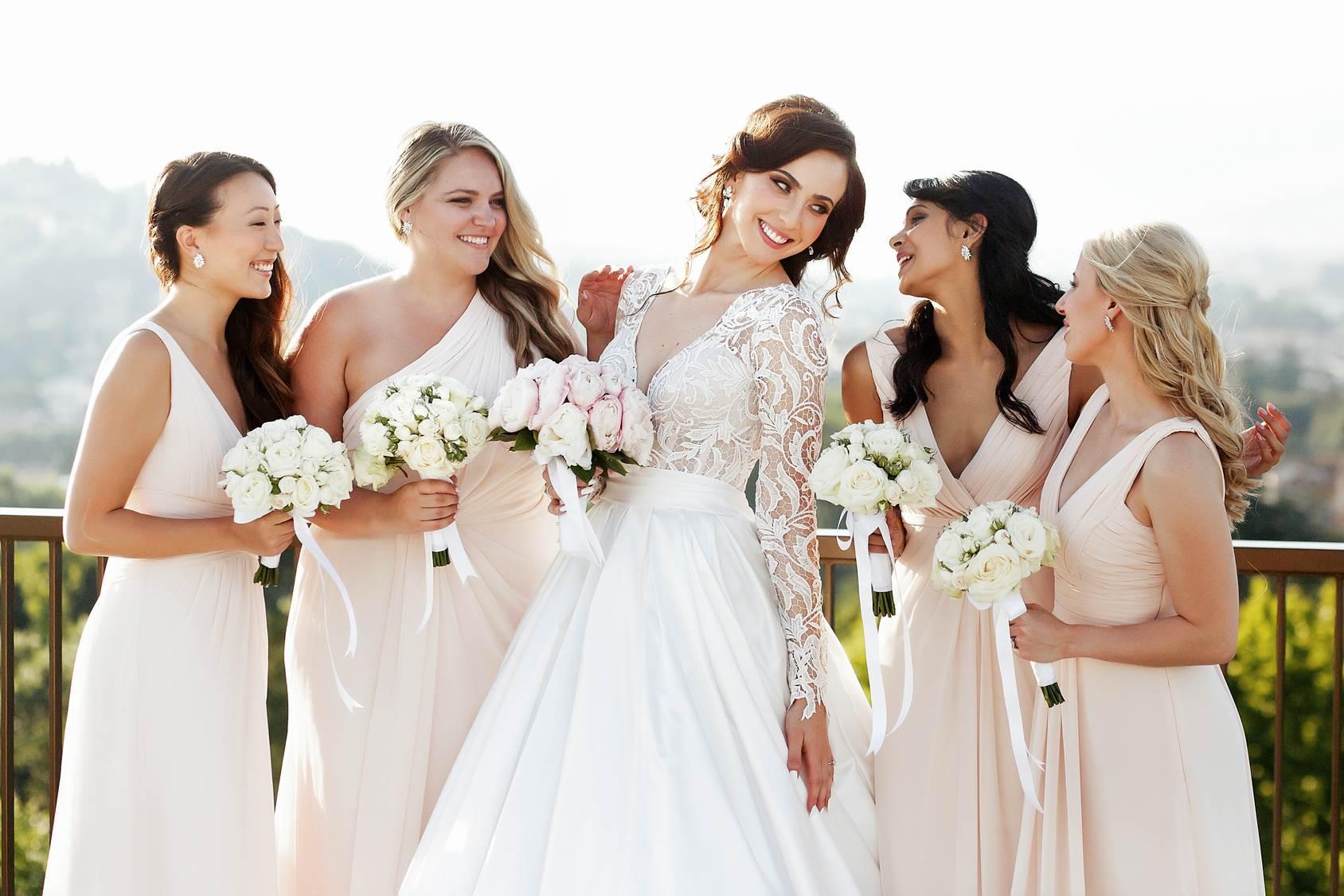 Brautkleider und Brautjungfer Kleider - Fahed Couture in Bückeburg